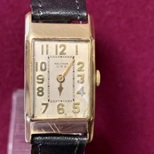 9ct Gold Waltham Wristwatch image-2