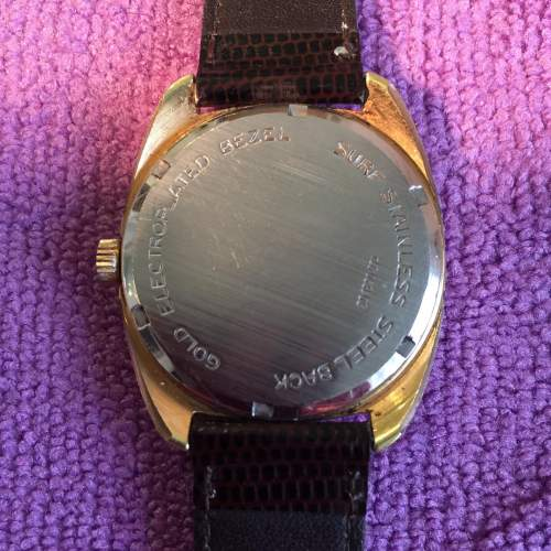 Zenith Gold Plated Manual Wind Watch with Date Circa 1970s image-2