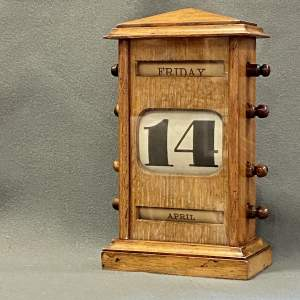 Vintage Oak Perpetual Calendar