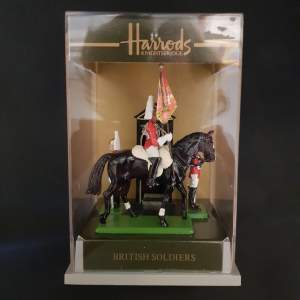 Boxed Harrods Buckingham Palace - The Queens Own Royal Guards