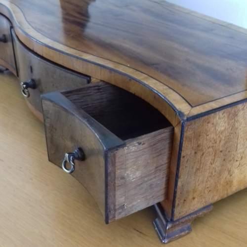 Mahogany and Boxwood Strung Dressing Table Swing Mirror image-3