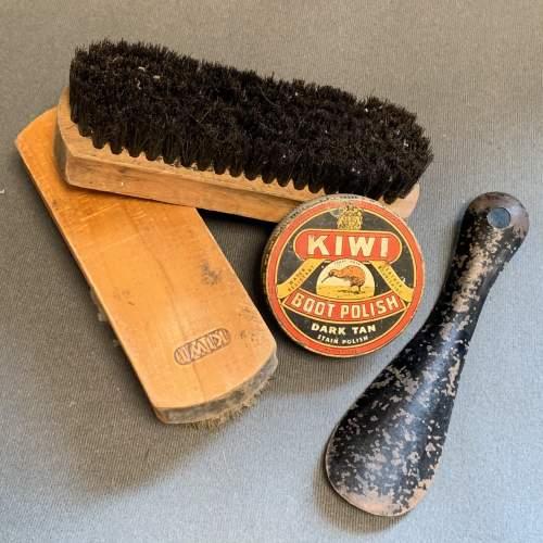 Vintage Kiwi Shoe Shine Box image-5