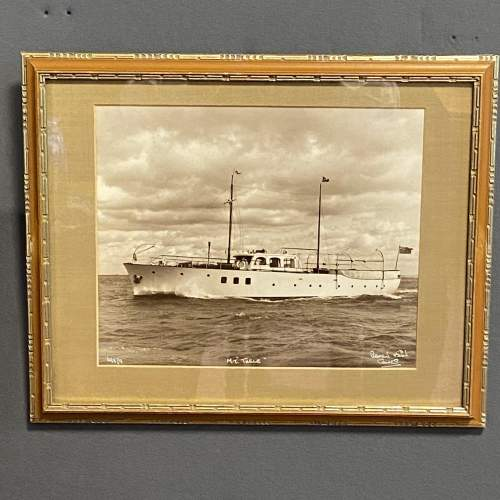Pair of 1950s Framed Photographs of Motor Boats by Beken and Son image-5