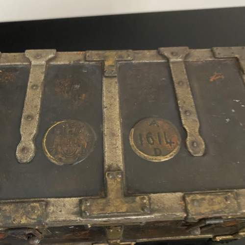 Huntley and Palmer Iron Chest Biscuit Tin Circa 1909 image-6