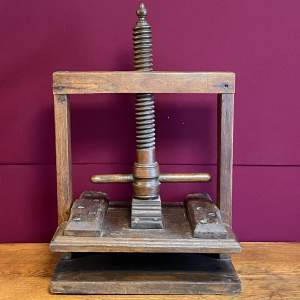 17th Century Oak Book or Linen Press