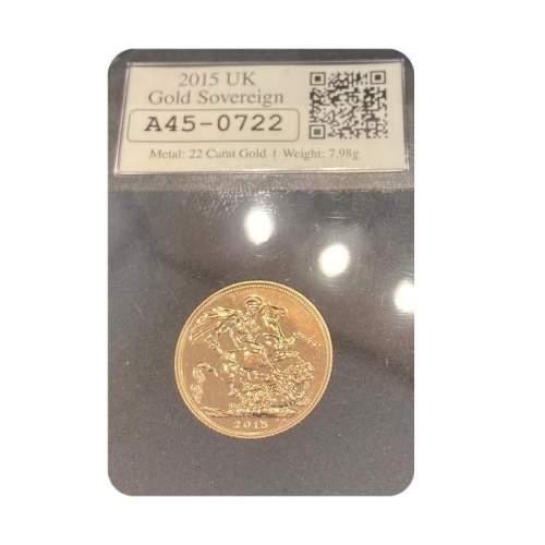 2015 Queen Elizabeth II Gold Sovereign image-2