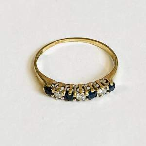 9ct Gold Blue and White Sapphire Ring