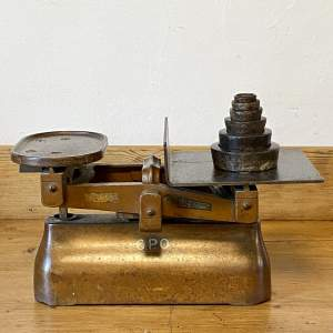 Vintage GPO Avery Scales