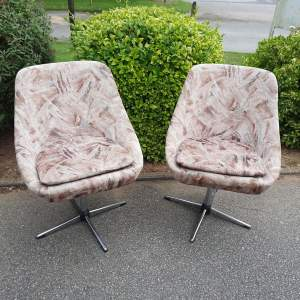 Pair of Vintage Swivel Cocktail Club Chairs