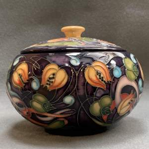 Moorcroft Celtic Web Bowl And Cover
