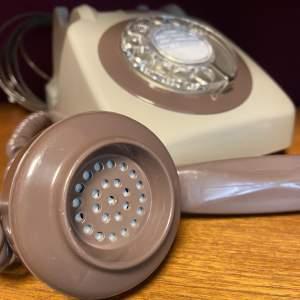 Retro GPO Grey and Brown Telephone