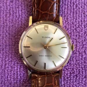 Swiss Tudor 9ct Gold Manual Gents Wrist Watch Circa 1980