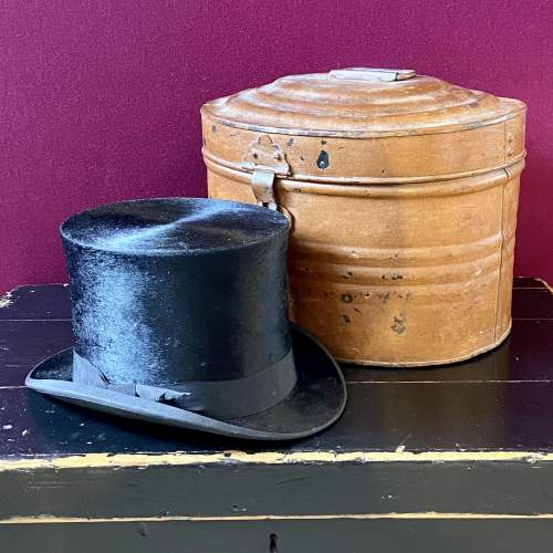 Vintage Toleware Hat Tin with Top Hat image-1