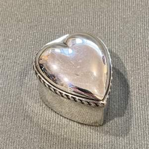 Victorian Mappin and Webb Silver Heart Shaped Pill Box