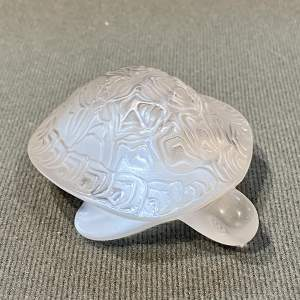 Lalique Sidonie Opalescent Glass Turtle