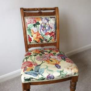 Antique Mahogany Bedroom Chair