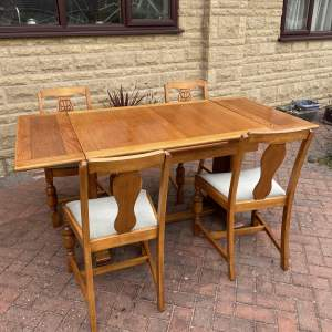 1940s Oak Extending Dining Table and Four Chairs
