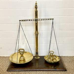 Large Victorian Scales with Weights