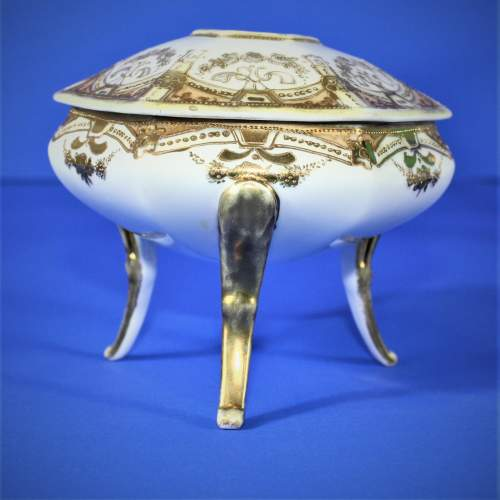 Noritake Dressing Table Vanity Set image-5