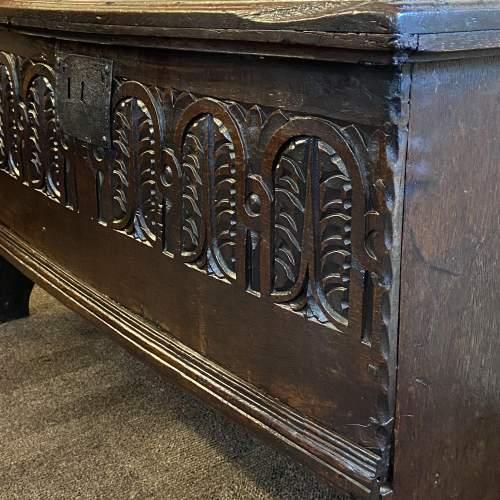 Elizabethan Oak Coffer image-3