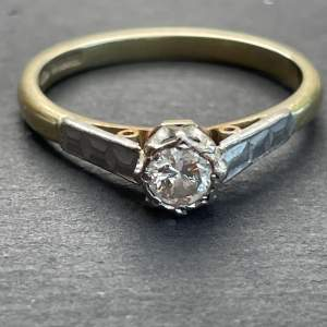 A Beautiful 18ct Gold and Platinum Diamond Solitaire Ring