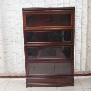 Globe Wernicke Walnut Glazed Four Section Stacking Bookcase